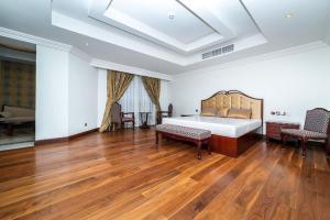 Bespoke Residences -Grandeur Residences. -