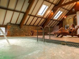 Home Place Adult Only Farmhouse Spa