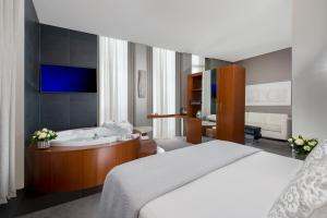 Hotel Metropolis - Chateaux & Hotels Collection - AbcAlberghi.com
