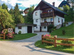 Two-Bedroom Apartment in Bled - Hotel
