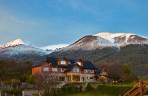 Alma Andina Hosteria - Hotel - Villa La Angostura