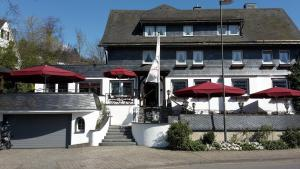Land-gut-Hotel Zur Brücke - Lieberhausen