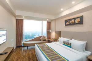 Golden Tulip Suites Gurgaon, Aparthotels  Gurgaon - big - 54