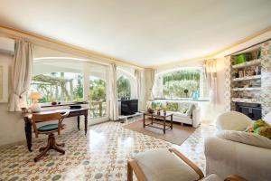 Exclusive Garden Villa - AbcAlberghi.com