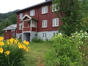 Torvikvegen 13 - Hotel - Surnadal