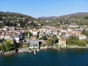 Hotel Bel Sit, Meina, Italy | J2Ski