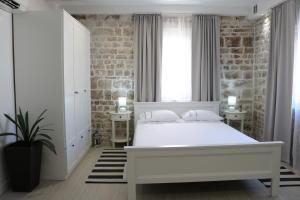 Trogir Square Apartment, 21220 Trogir