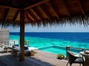 Dusit Thani Maldives (18 of 112)