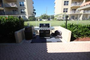 Sea Coast Gardens II 105, Prázdninové domy  New Smyrna Beach - big - 23