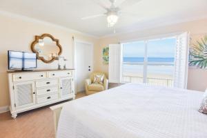 Sea Coast Gardens II 105, Prázdninové domy  New Smyrna Beach - big - 10