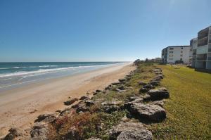 Sea Coast Gardens II 202, Nyaralók  New Smyrna Beach - big - 21