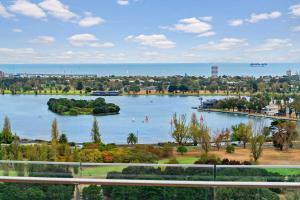 Melbourne Luxury Apartment, Apartmanok  Melbourne - big - 16