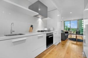 Melbourne Luxury Apartment, Apartmanok  Melbourne - big - 13