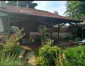 Гостевой дом в парковой зоне - Berets Village