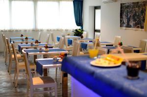 Aparthotel Tiziano, Apartmánové hotely  Grado - big - 15