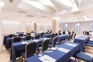 Hotel Olympia Valencia, Hotely  Alboraya - big - 20