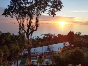 Sunset Hill Boutique Resort Koh Phangan - Sunset Viewpoint - Haad Son