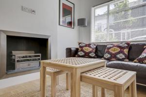 Bright 3Bed, 2.5Bath House w/Garden in Barnes, Appartamenti  Londra - big - 20