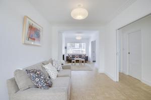 Bright 3Bed, 2.5Bath House w/Garden in Barnes, Appartamenti  Londra - big - 22