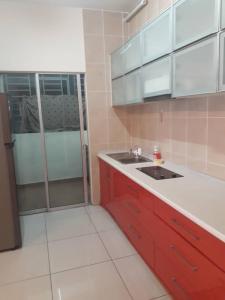 3- Bedrooms Apartment - Kampong Bohol