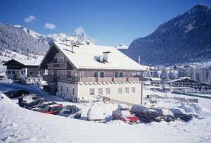 Hotel Villa Mozart, Hotels  Pozza di Fassa - big - 25