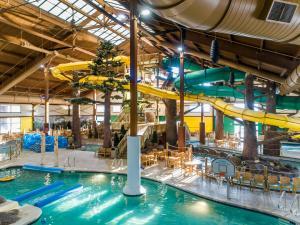 Timber Ridge Lodge and Waterpa..