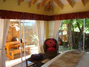 Flintstones Guesthouse Fourways, Penzióny  Johannesburg - big - 36