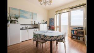 Panoramico appartamento vista Mare - AbcAlberghi.com
