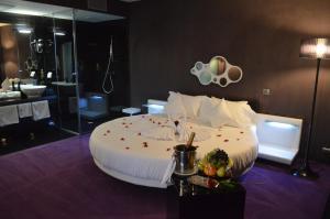 Plaza V Executive Hotel