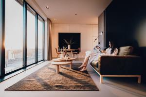 CREATIVE VALLEY NEST – Luxury Rooftop Apartments