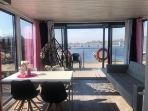 Houseboat Porta Mare