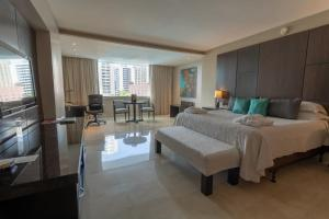 Junior Suite with Pool View Hotel El Panama by Faranda Grand
