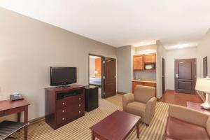 La Quinta by Wyndham Houston Bush Intl Airport E, Hotely  Humble - big - 31