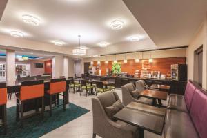 La Quinta by Wyndham Houston Bush Intl Airport E, Hotely  Humble - big - 29