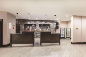 La Quinta by Wyndham Houston Bush Intl Airport E, Hotely  Humble - big - 18