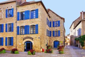 Accommodation in Villeneuve-d'Aveyron