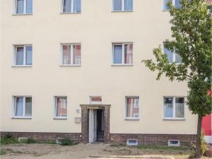 Three-Bedroom Apartment in Erfurt - Henschleben