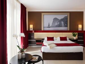 Kairos Garda Hotel - AbcAlberghi.com