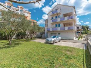 obrázek - Two-Bedroom Apartment in Zadar