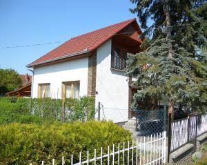 obrázek - Holiday home in Balatonfenyves 36978