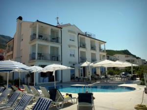 Hotel Neva, 21312 Podstrana