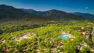 Location gîte, chambres d'hotes Camping Le Bois Fleuri dans le département Pyrénées Orientales 66
