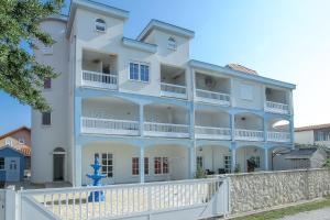 SENITA Apartments, 23232 Nin
