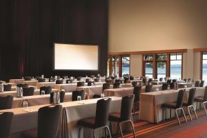 Hyatt Regency Lake Tahoe Resort (10 of 63)