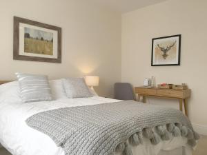 1 Ashford Road Guesthouse - Hotel - Redhill