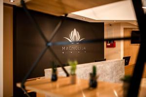 Hotel Magnolia, Hotels - Tivat