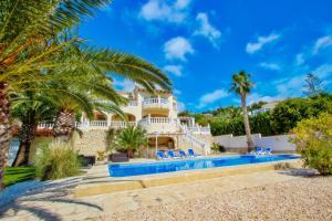 Fabya - sea view villa with private pool in Teulada