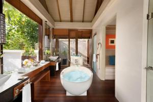 Shangri-La's Villingili Resort & Spa (40 of 158)
