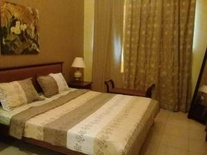 2 BEDROOM BEACH VIEW APARTMENT - Dubai