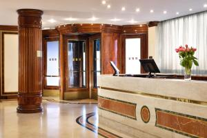UNAHOTELS Scandinavia Milano - AbcAlberghi.com
